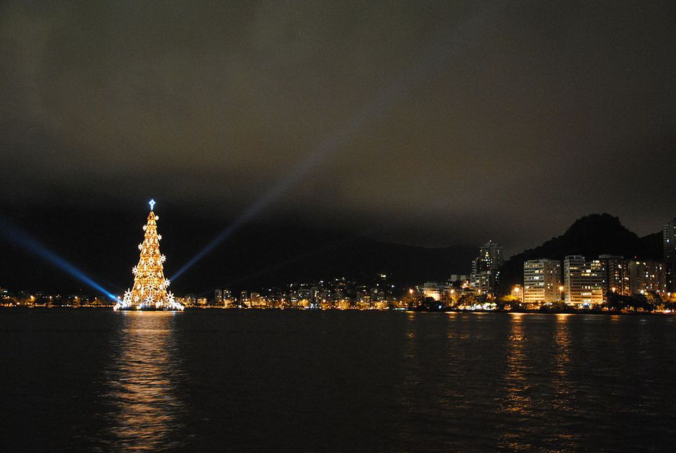 rio de janeiro christmas - Largest Christmas Tree
