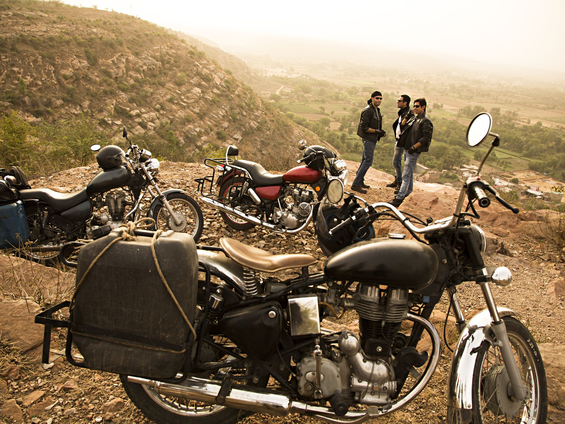 6 Top India Motorcycle Tour Destinations and Tours