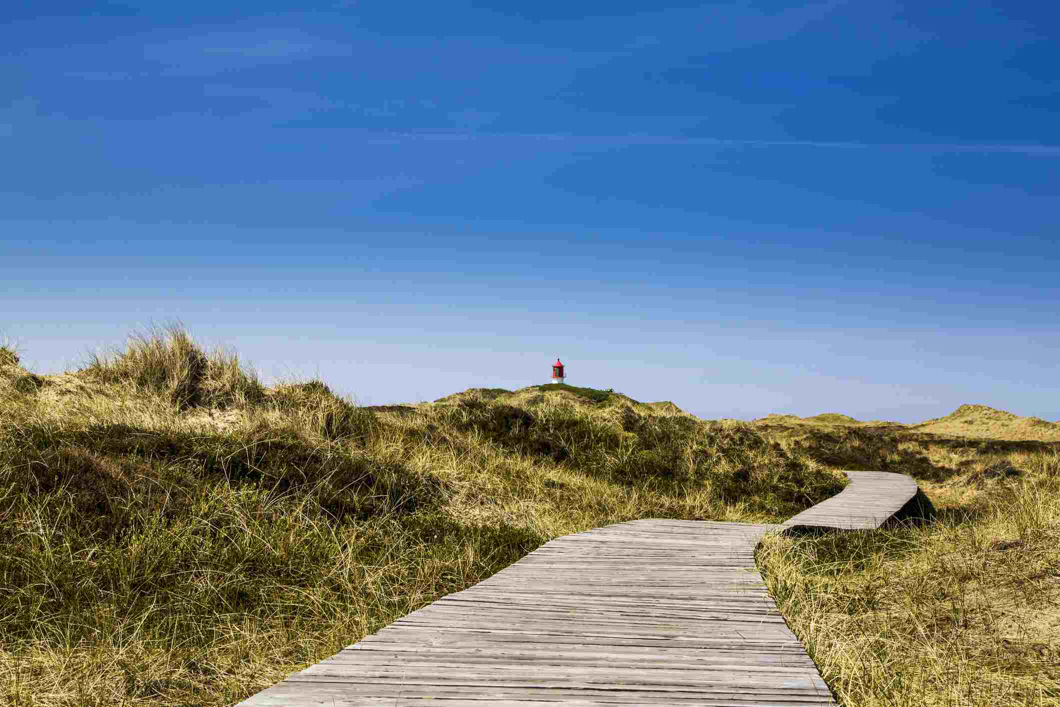 Boardwalk across the dunes to the Quermarkenfeuer light beacon, Amrum, North Frisian Islands, North Frisia, Schleswig-Holstein, Germany, Europe