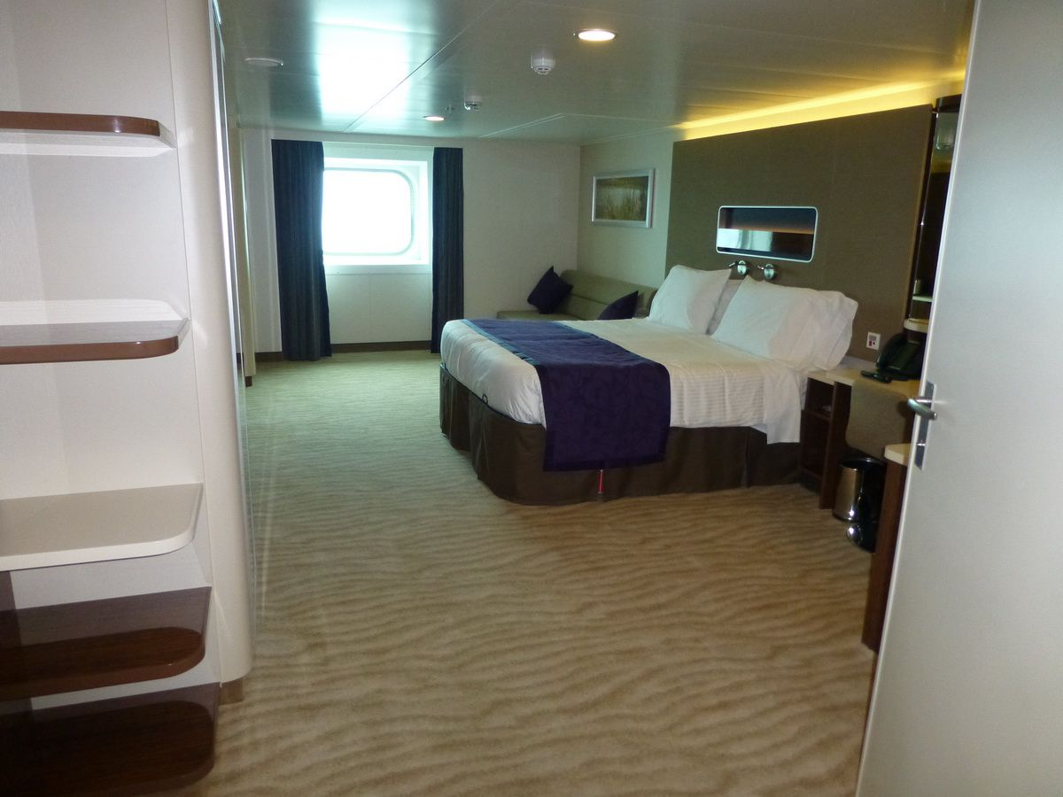 Norwegian Breakaway Cruise Ship Cabins And Suites