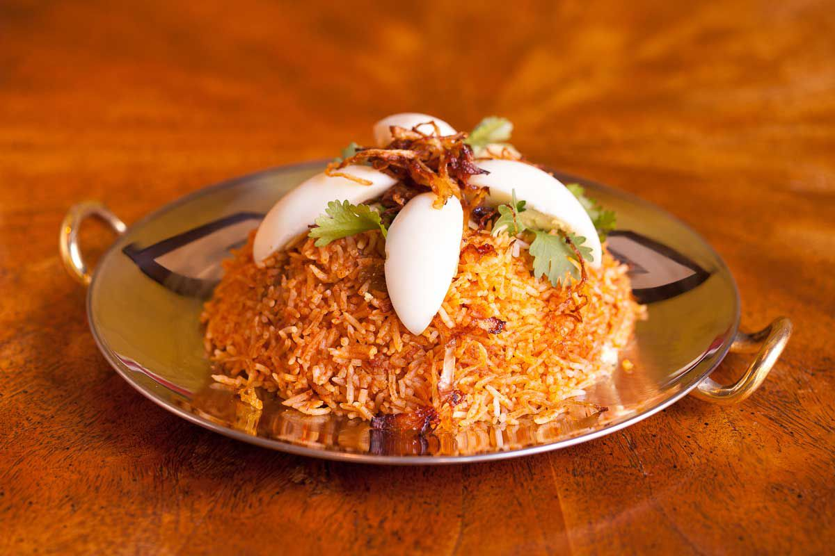 Fired rice dish with hard boiled egg