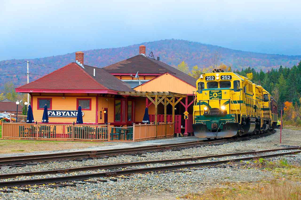 New England Fall Foliage Train Tours