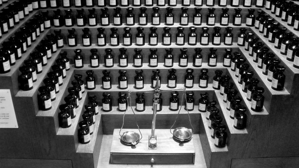 "A perfume ""organ"" at the Fragonard Museum in Paris"
