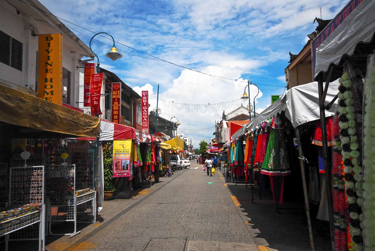 Shopping stalls in Georgetown