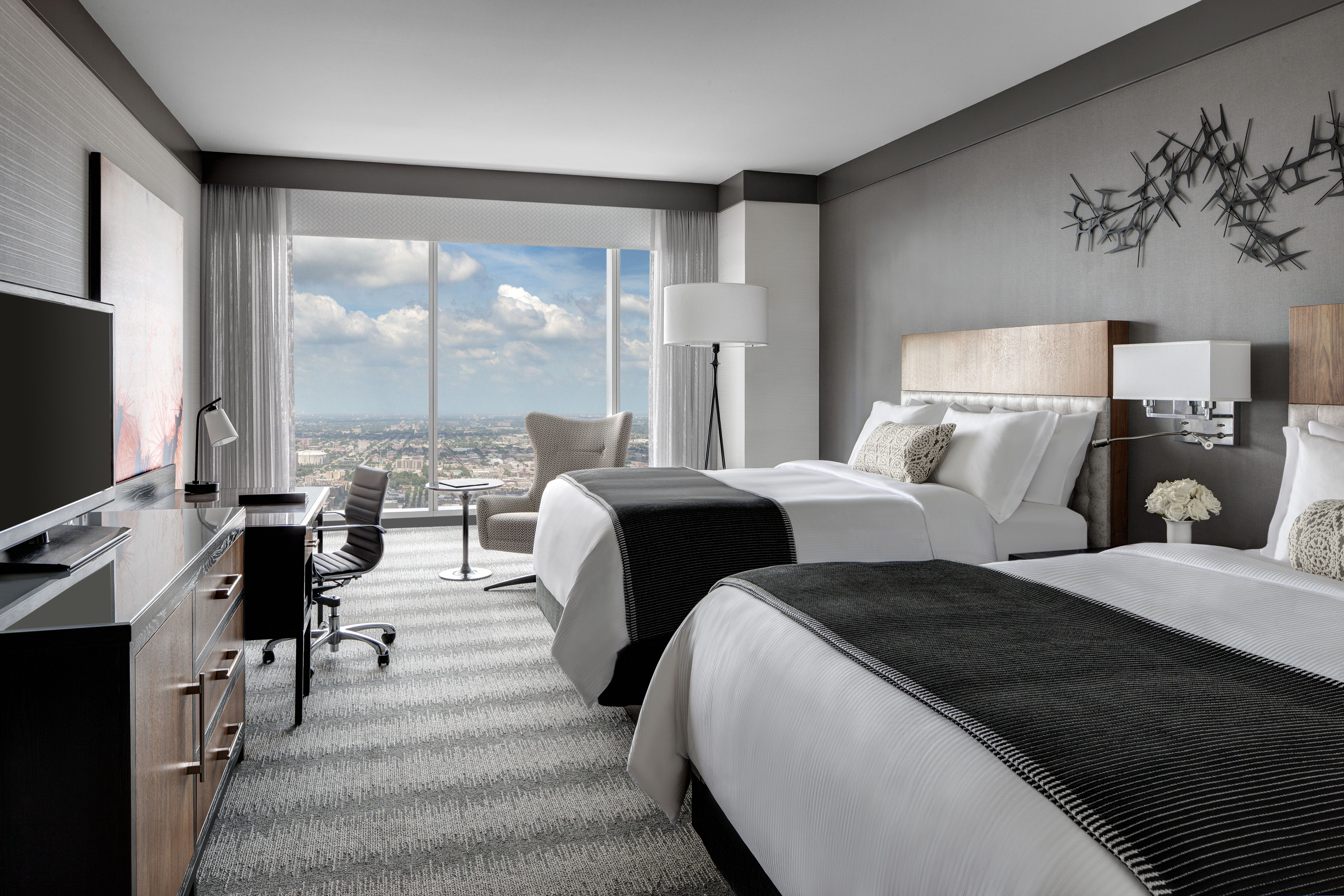 3 bedroom hotel suite in chicago for Two bedroom suites in chicago
