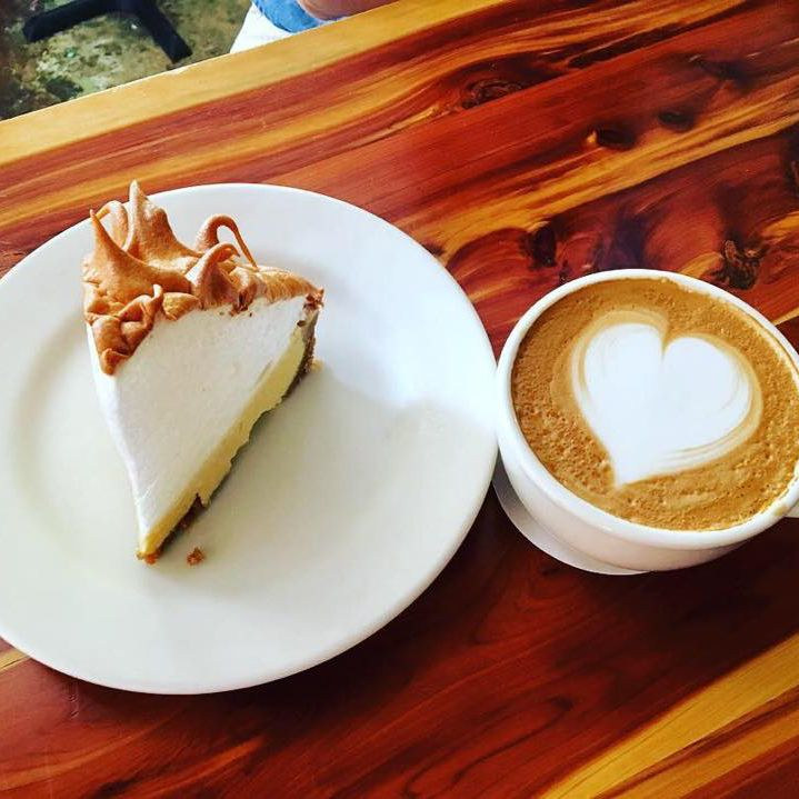 The 8 Best Places to Eat Key Lime Pie in the Florida Keys