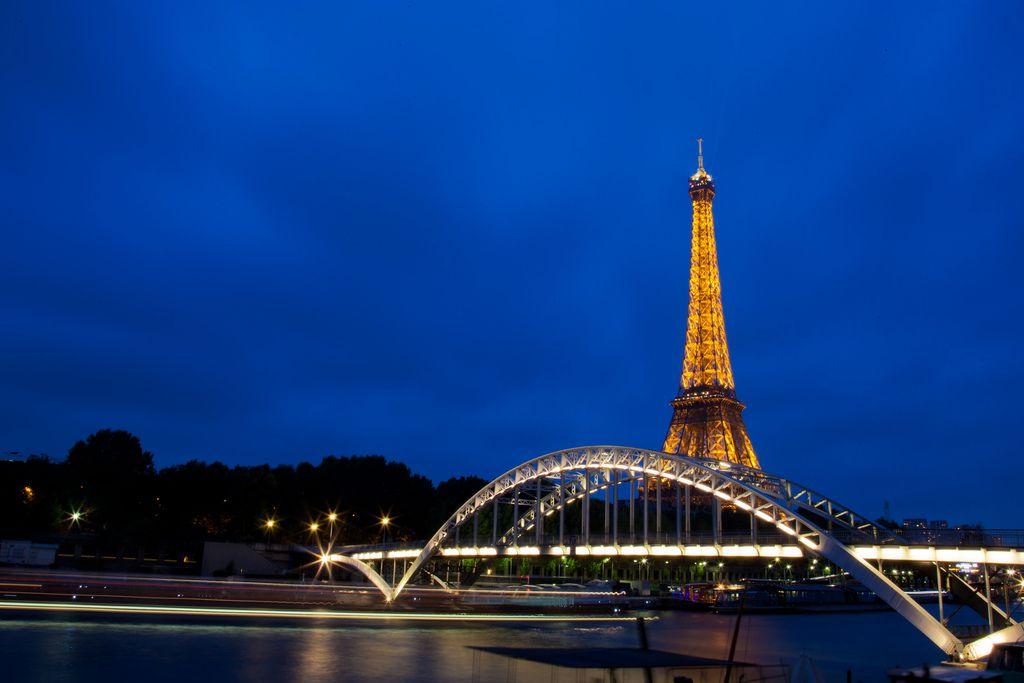 The Passerelle Debilly near the Eiffel Tower, Paris
