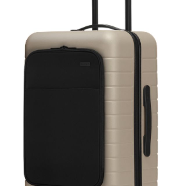 The Bigger Carry On With Pocket, Away