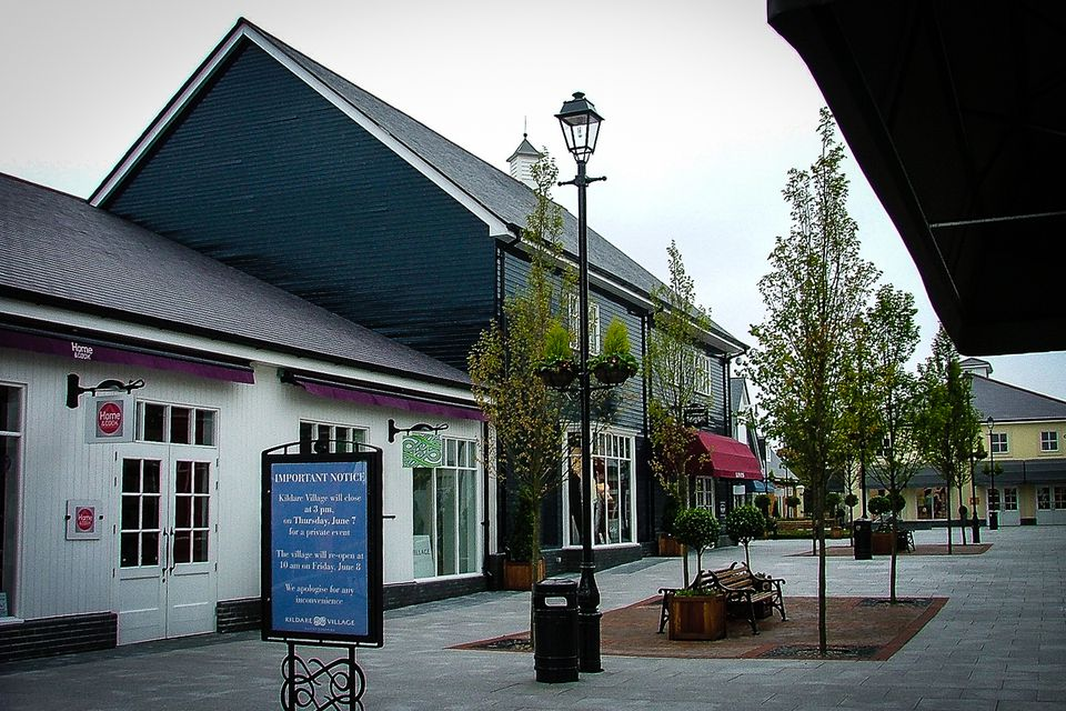 Kildare Village - before the crowds
