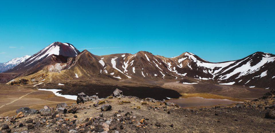 Vista de montañas nevadas en Tongariro