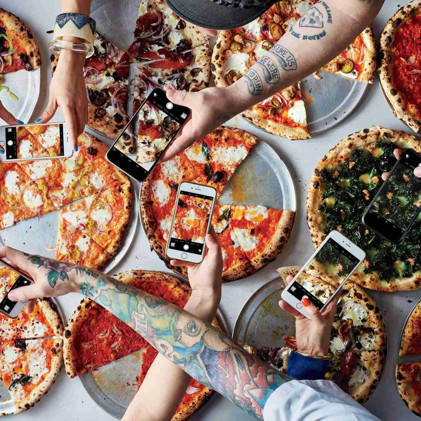 Display of pizza's