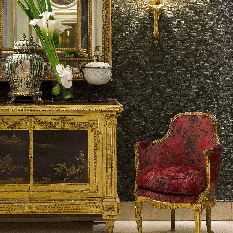 Rincón de recepción en el Hôtel St Regis en París