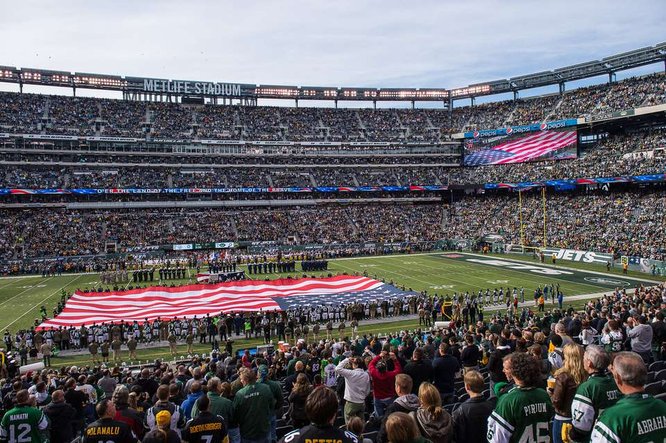 Things to Know When Going to a Jets Game at Met Life Stadium 23b46cb8a0e