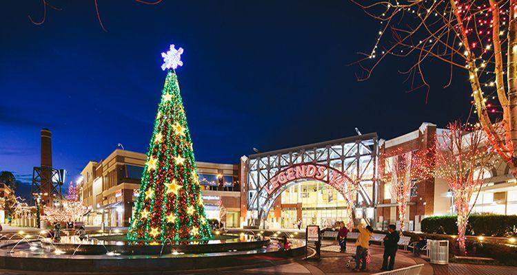 Legendary Christmas at Legends Outlets