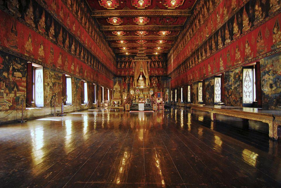 La capilla en el Museo Nacional de Bangkok en Tailandia