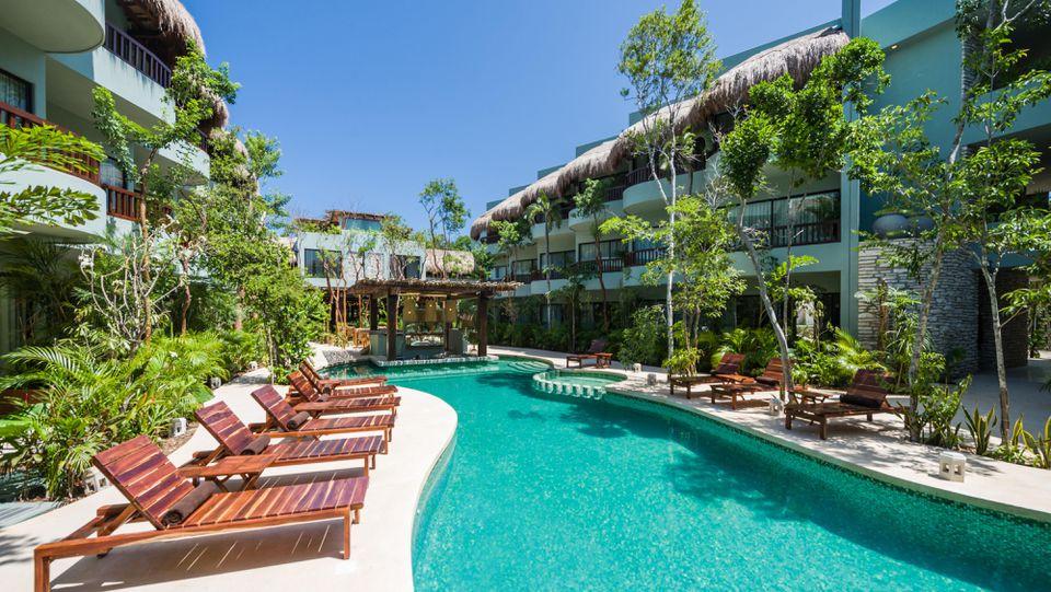 photo of the pool at Kimpton Aluna Tulum