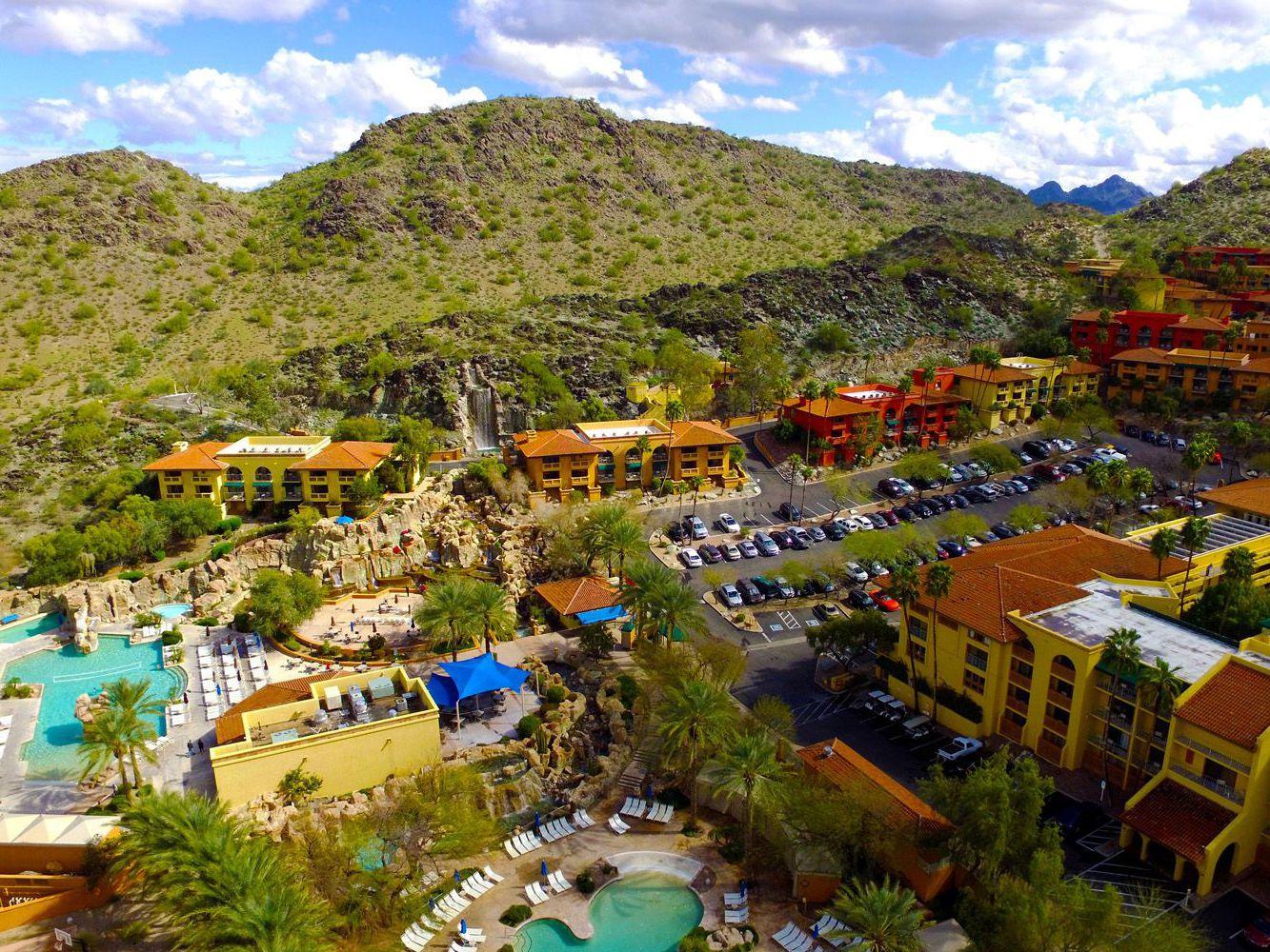 Scottsdale Restaurants With Scenic Views