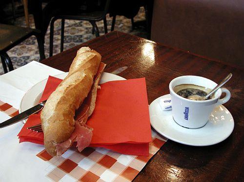 A simple, inexpensive but memorable Paris lunch