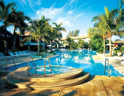 Swimming pool at Couples Negril.