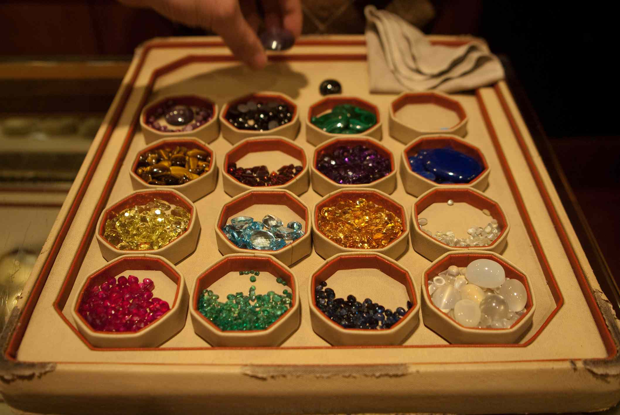 How to Buy Gemstones in India