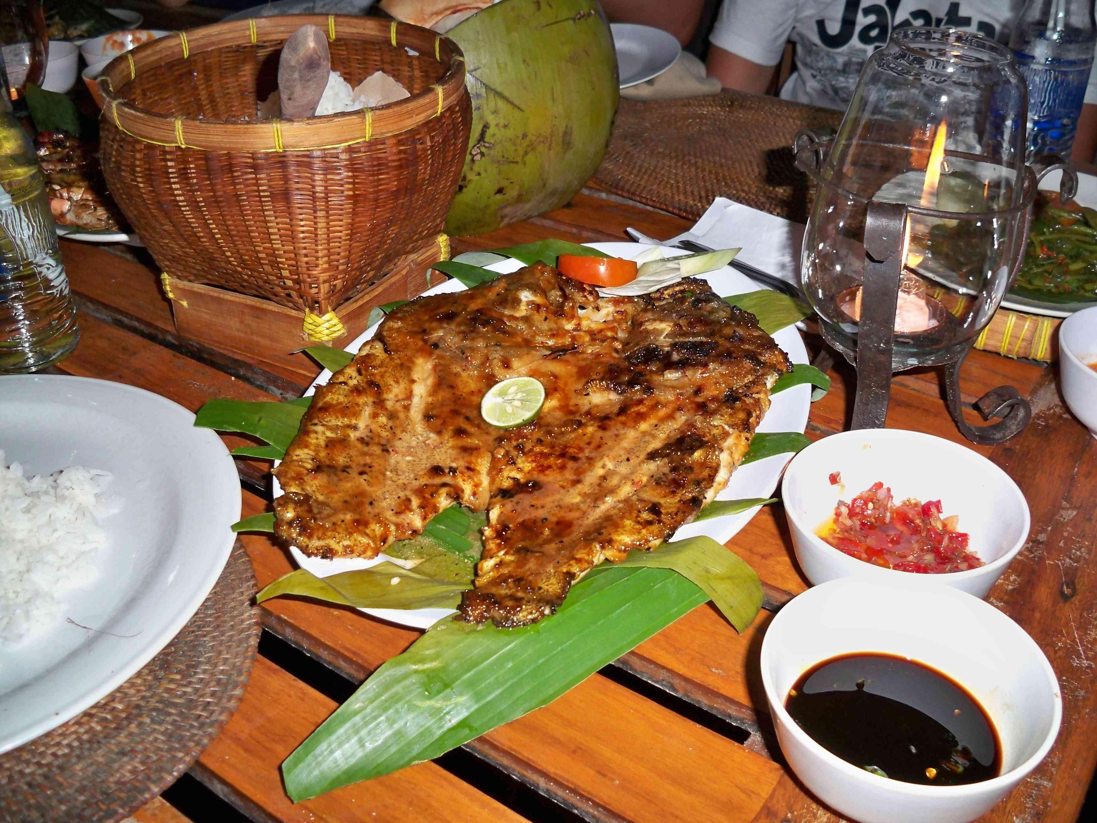 ikan bakar, Bali