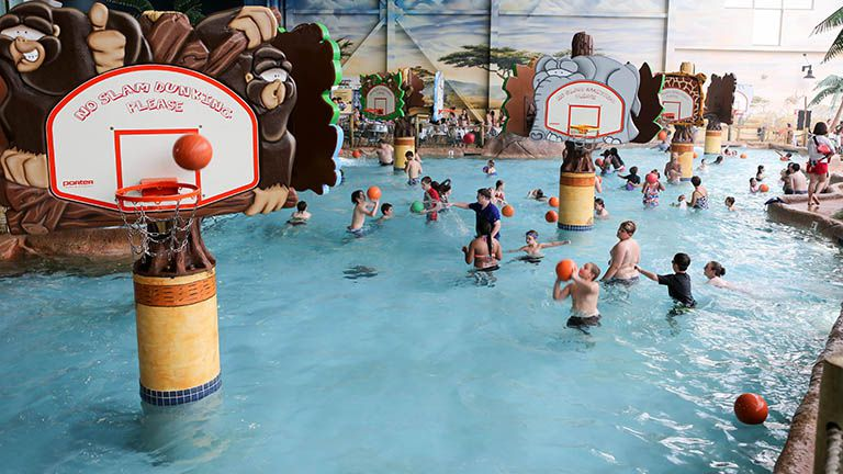 Kalahari Sandusky water park basketball
