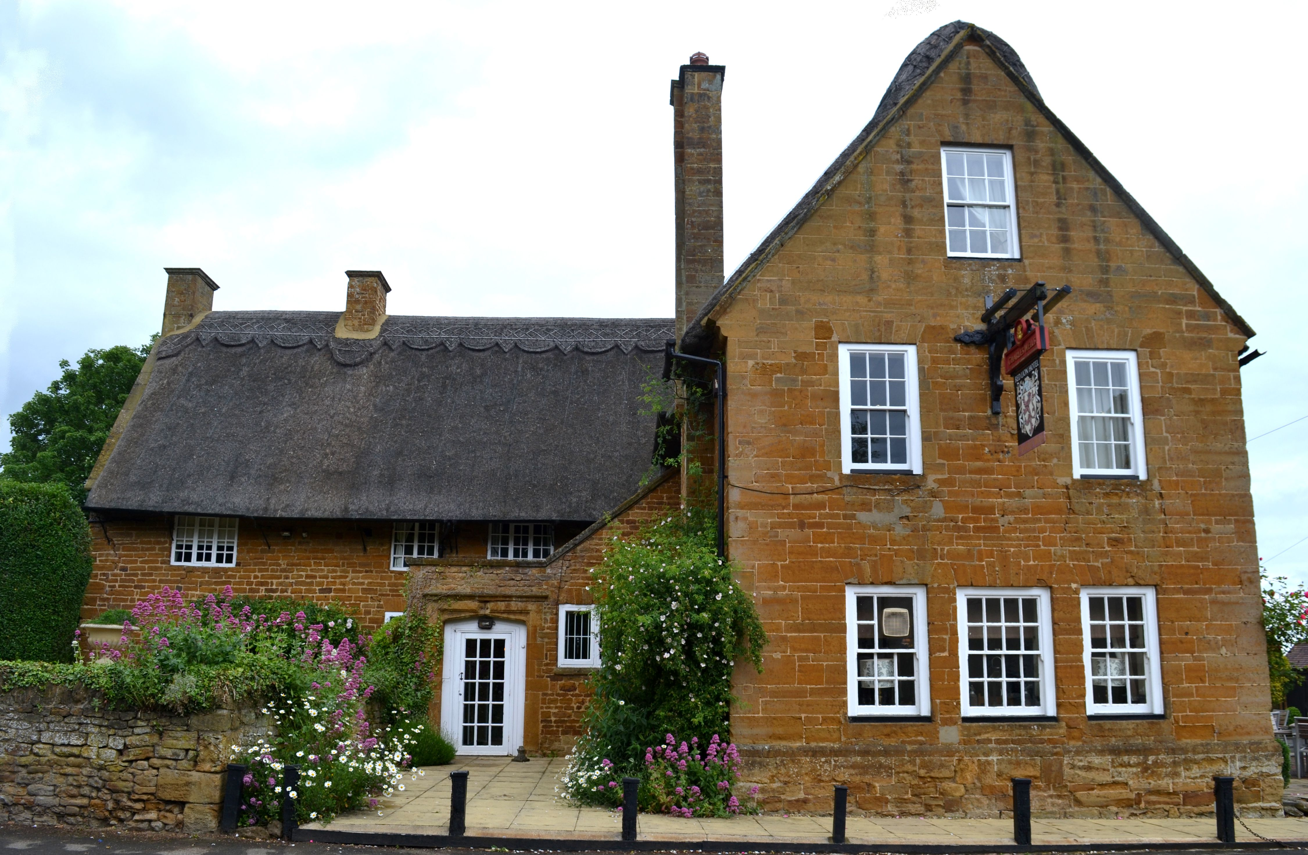 The Red Lion in East Haddon