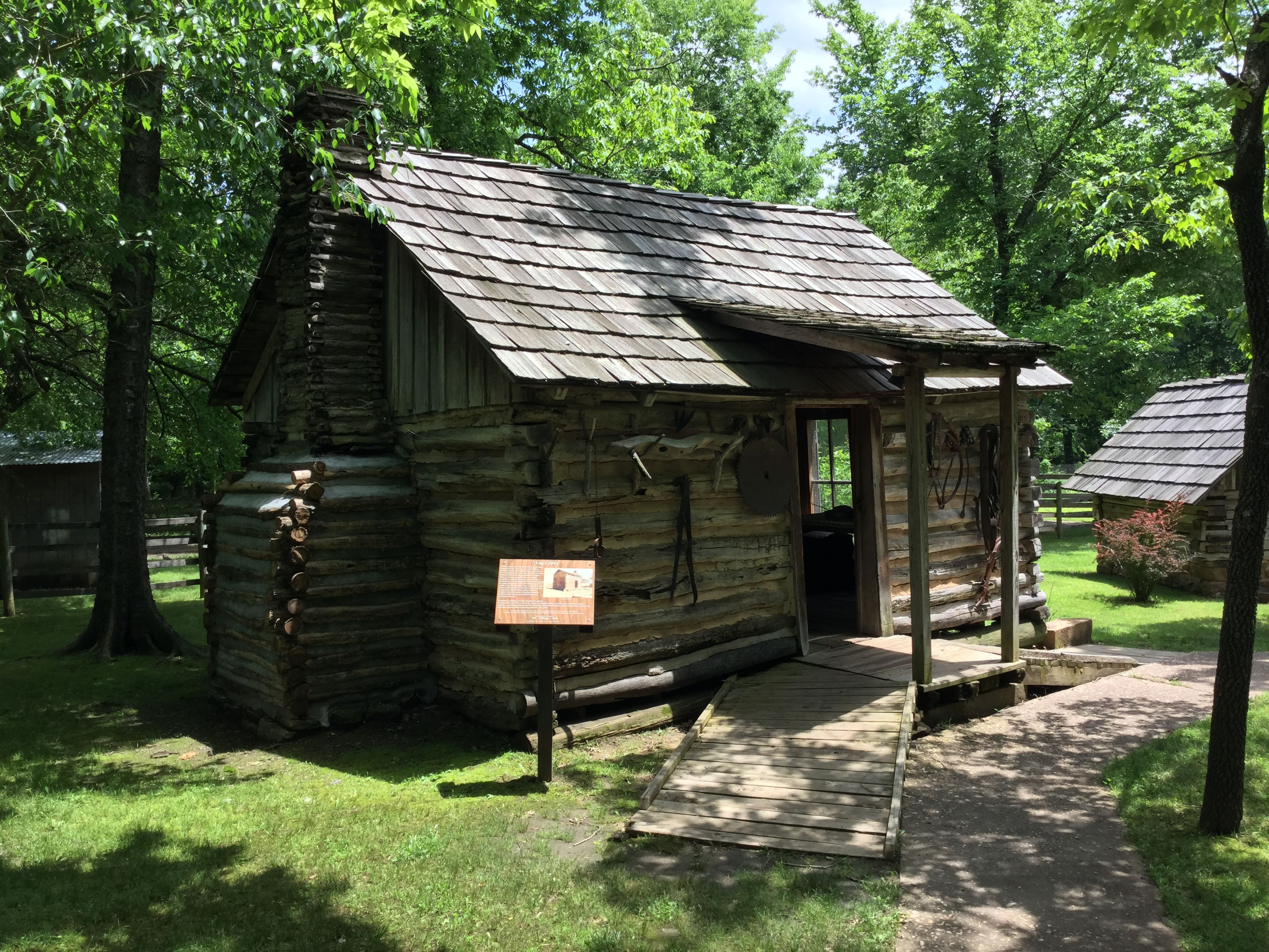 Photo Tour Of The Cherokee Heritage Center Tahlequah