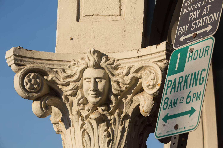 Señales de estacionamiento en Venice Beach