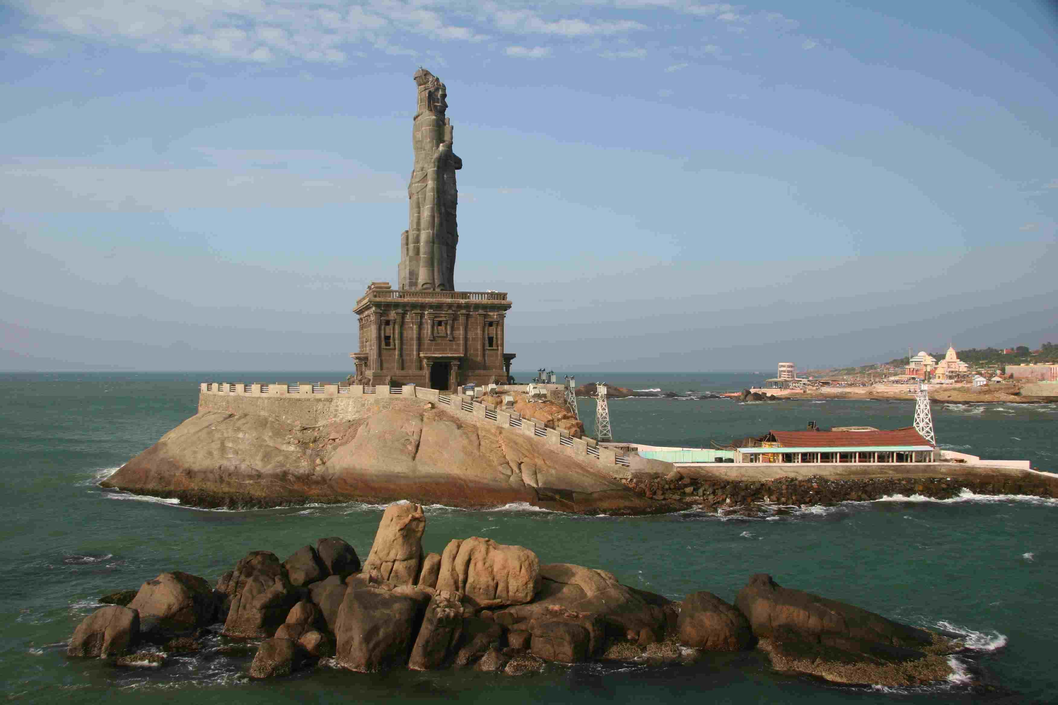 Thiruvalluvar Statue, Kanyakumari