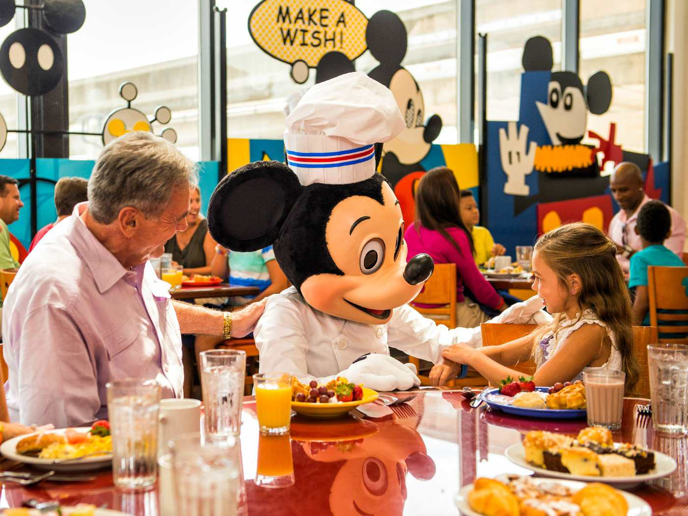 Disney Character Meals with Grandkids