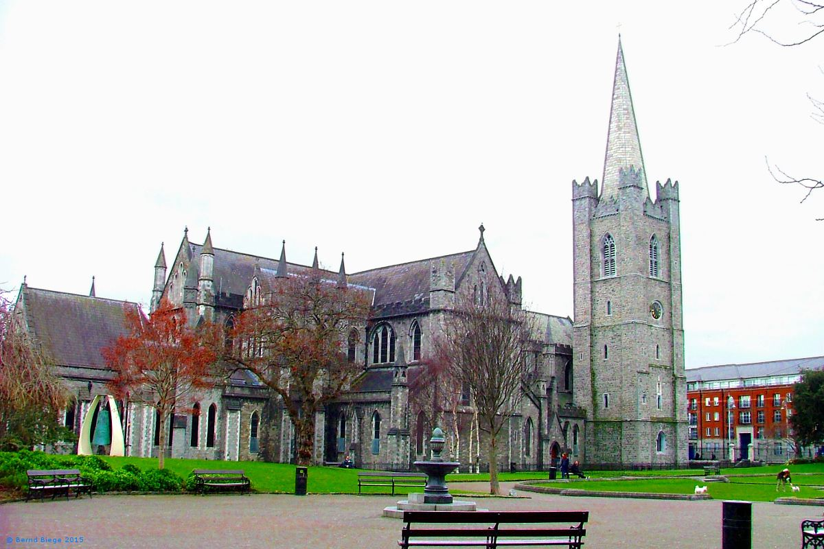 Saint Patrick's Cathedral in Dublin, seen from Saint Patrick's Park.