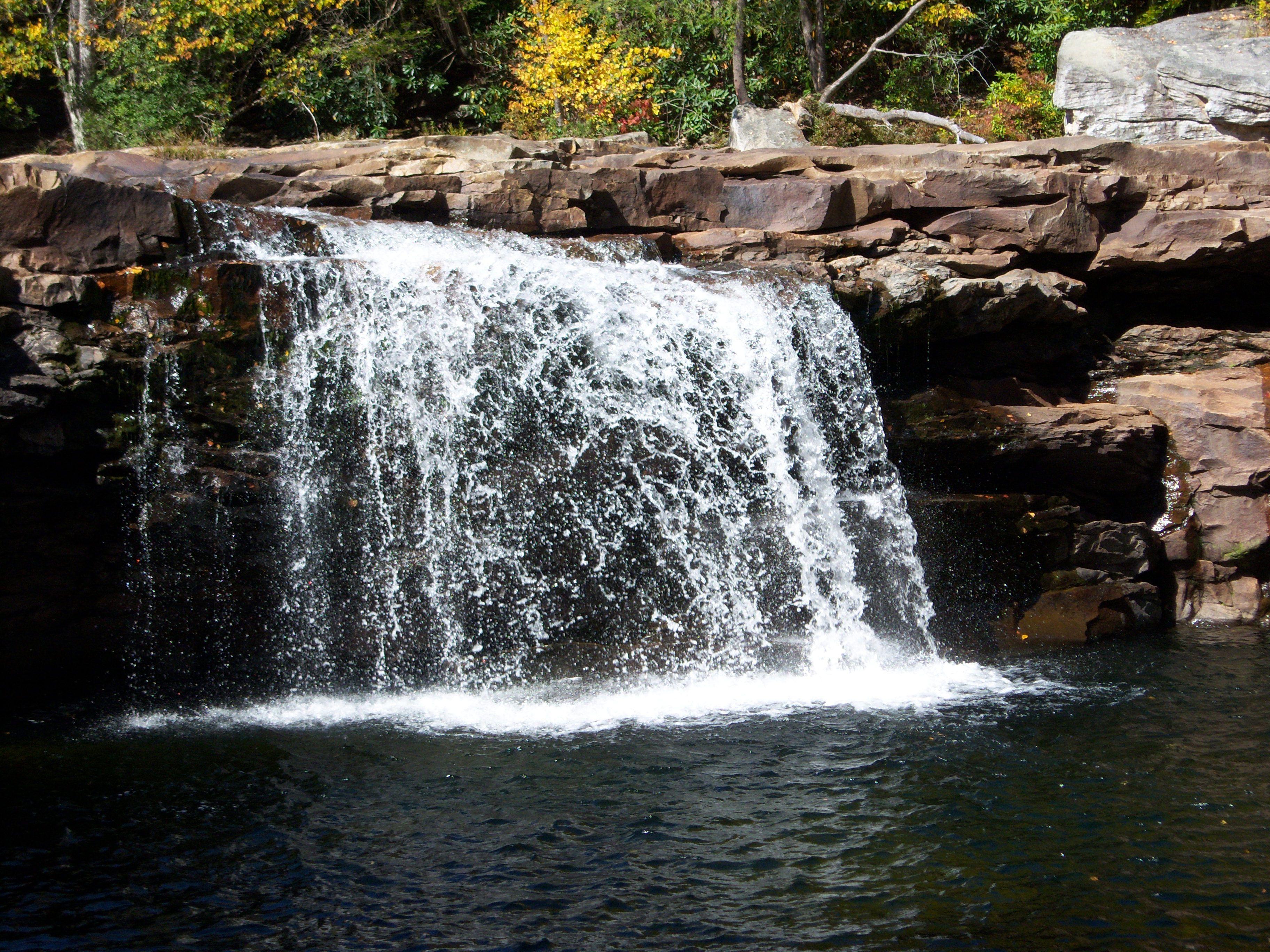 Altas caídas del tramposo River, West Virginia