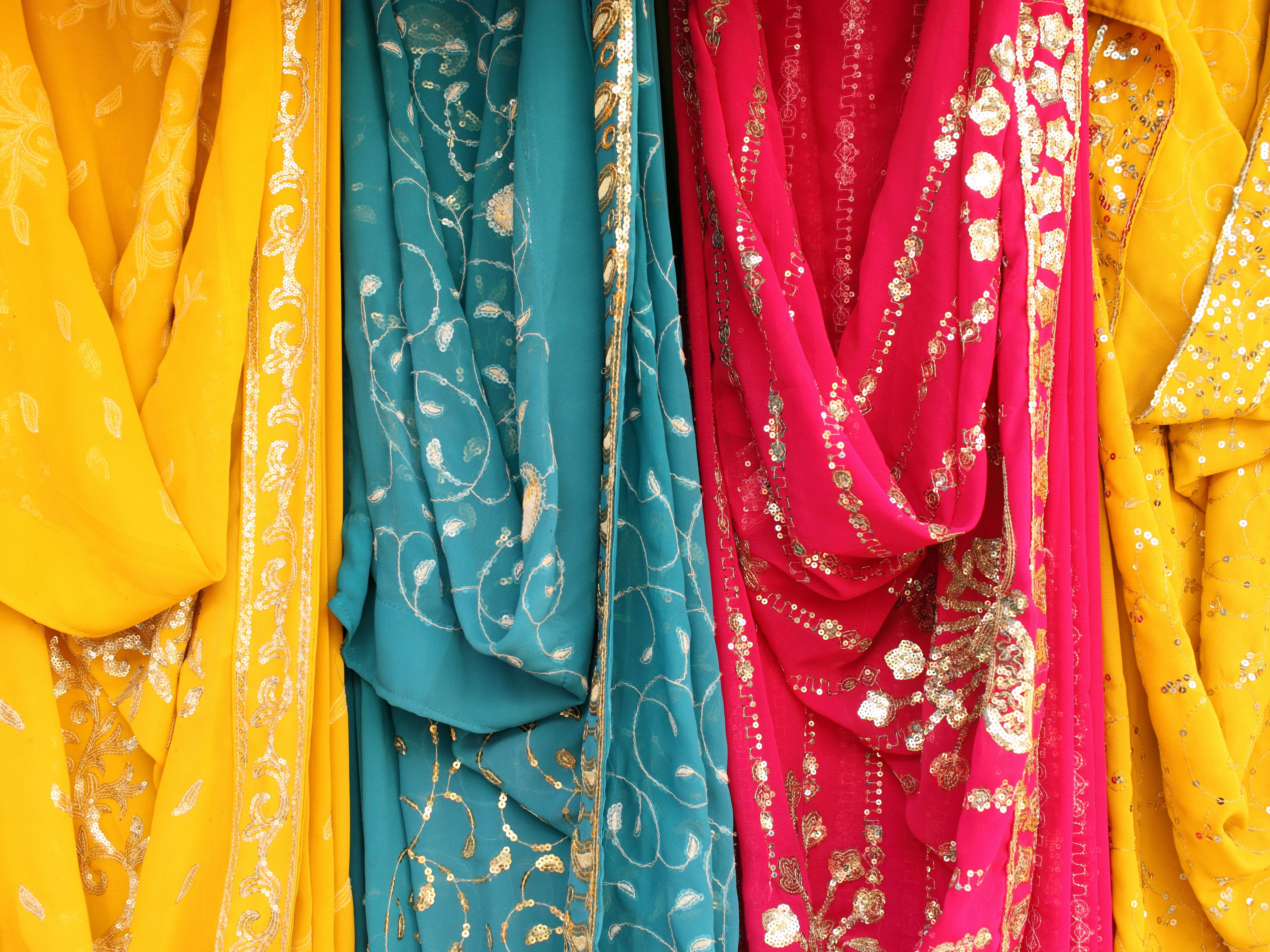 Essential Guide to Sari Shopping in India