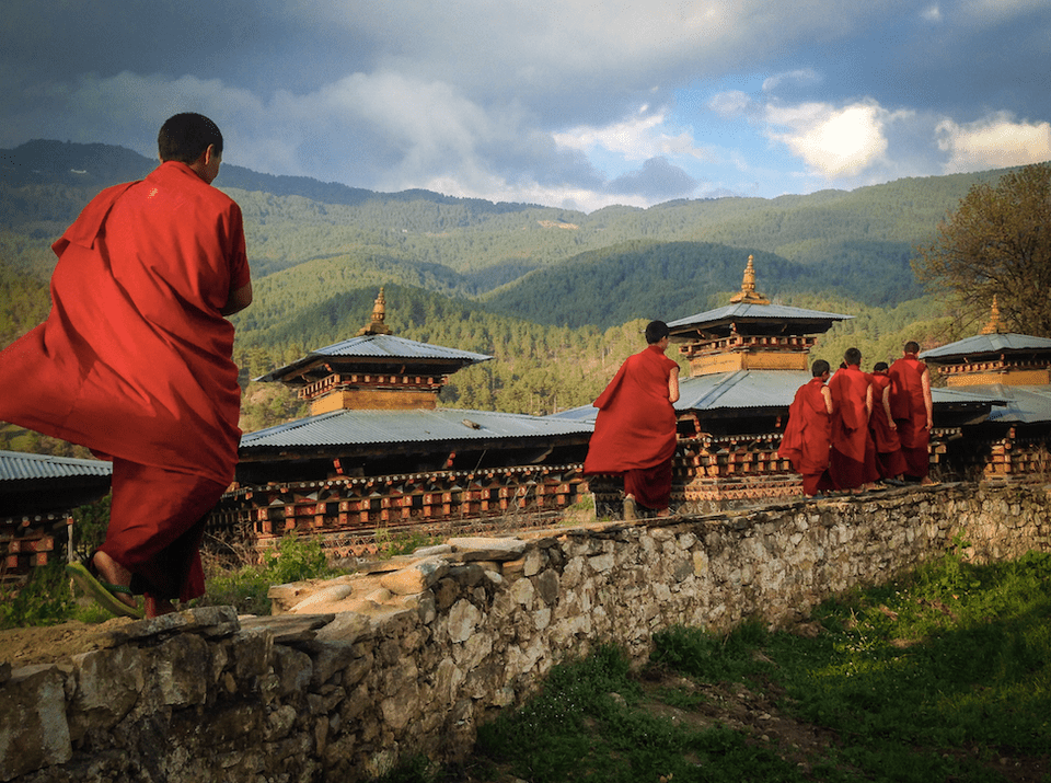 Bhutan monks Michaela Guzy