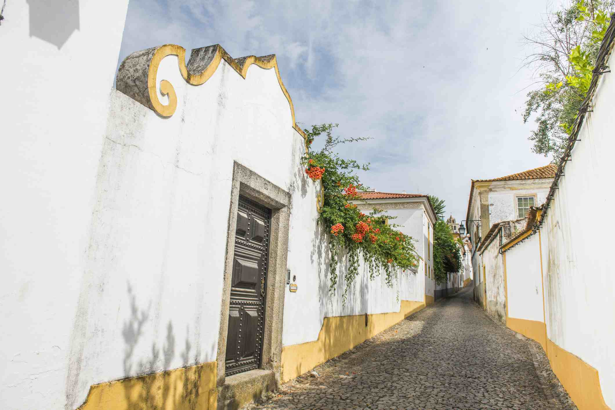 4 Great Day Trips to Take From Lisbon
