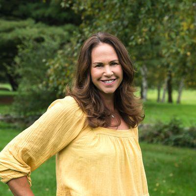 Headshot of Dana Freeman