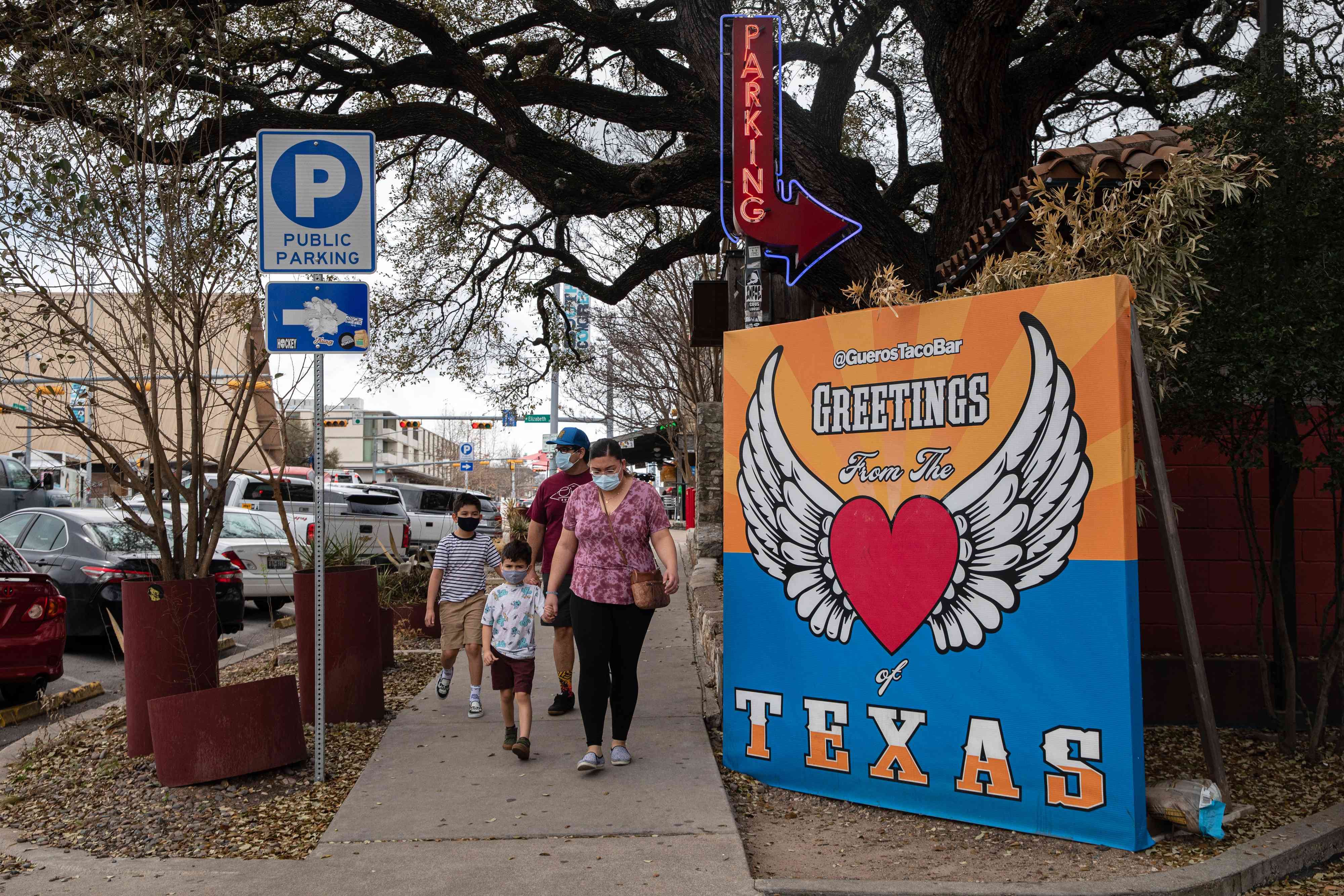 Texas Allows Businesses To Open At 100% Capacity