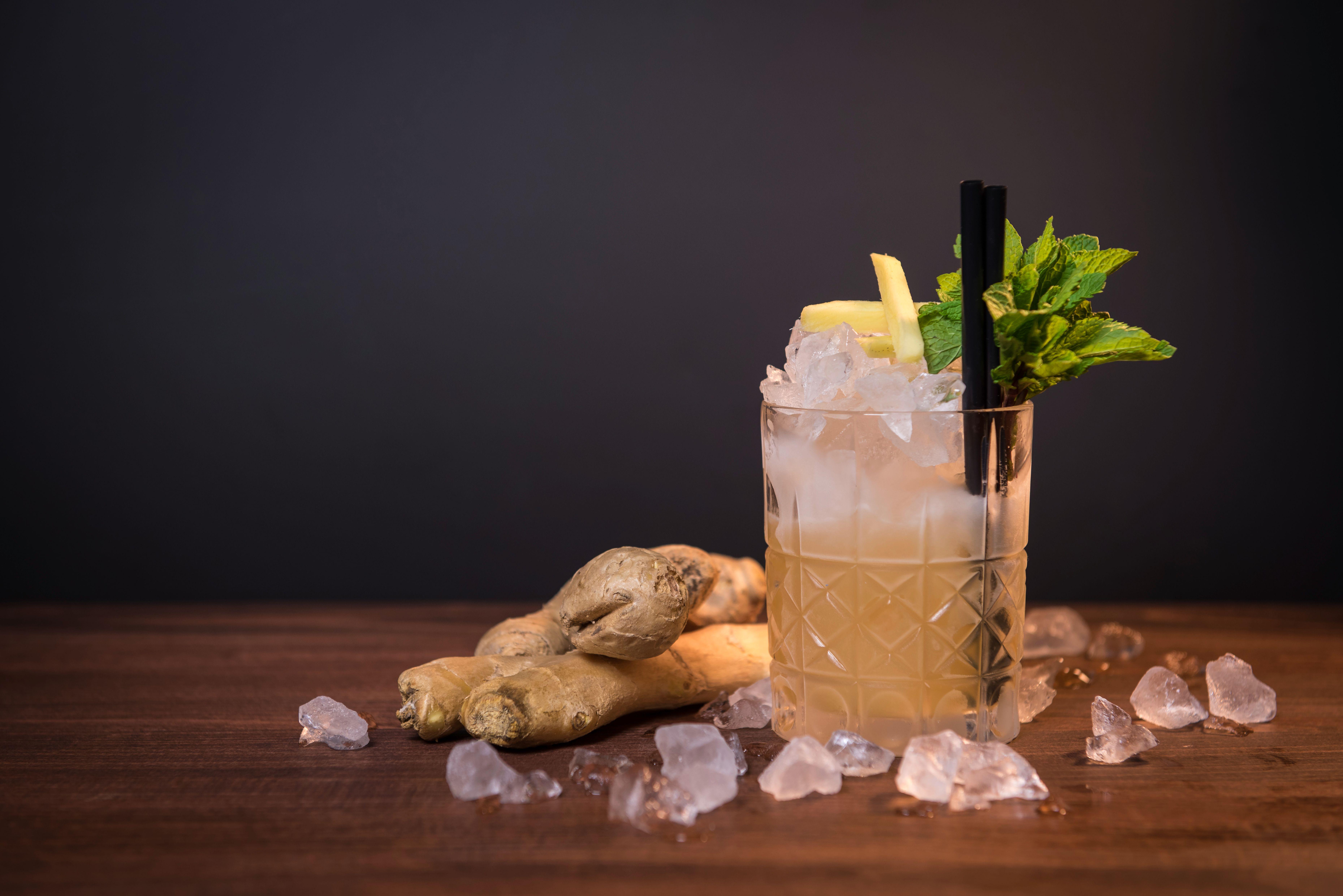 Dark & Stormy cocktail