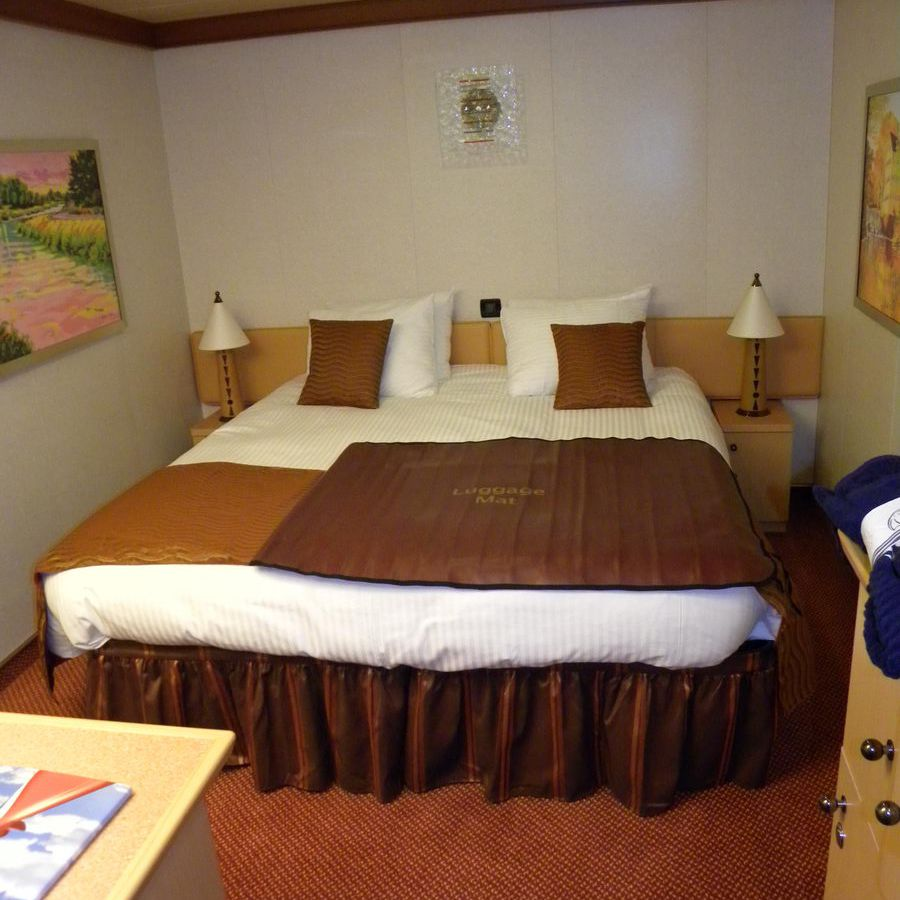 Carnival Dream Cruise Ship Cabins