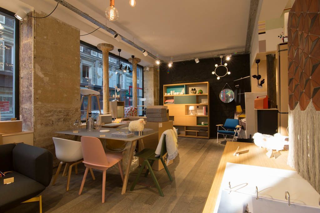 BLOU is a Scandinavian design boutique concept store that has three locations in Batignolles.
