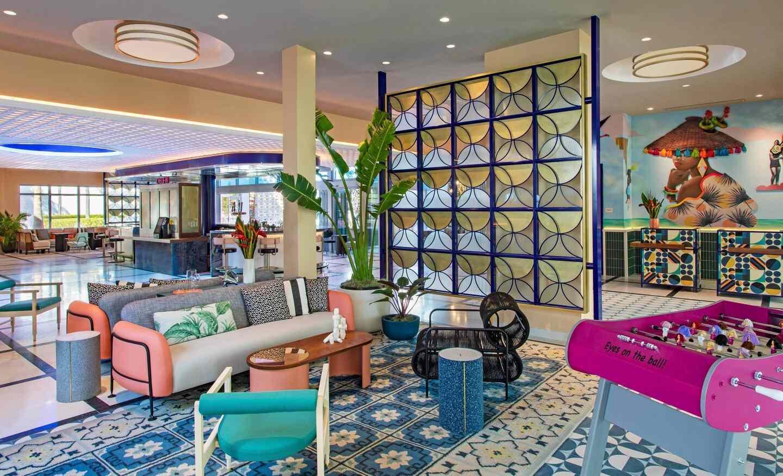 Moxy Miami South Beach