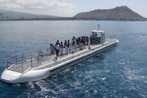 64-passenger Atlantis XIV