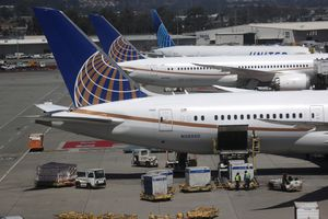 United Airlines To Send Layoff Warnings To Half Of Its Employees