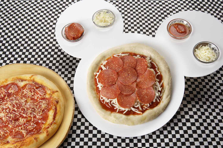Construya su propia pizza en PCH Grill