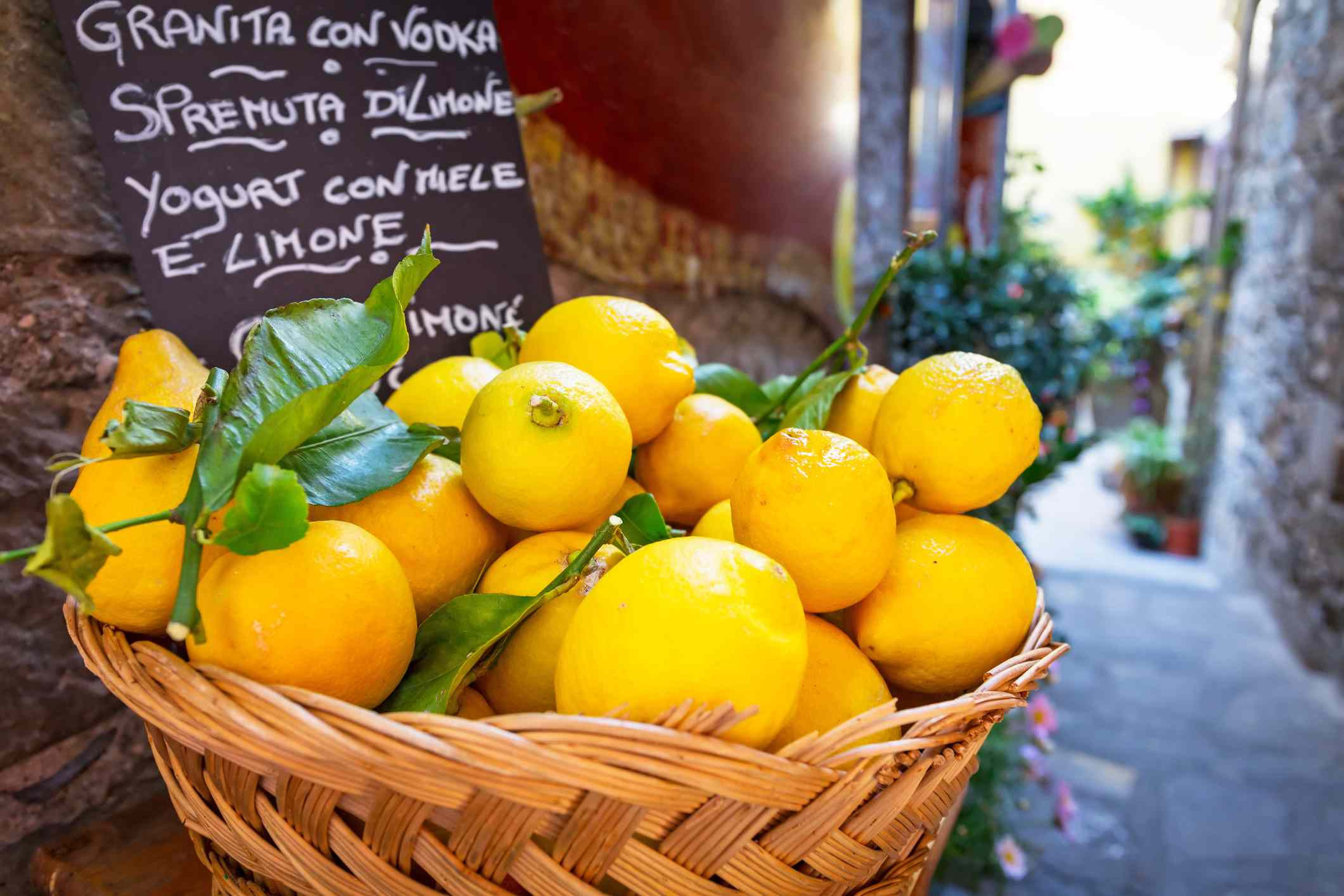 Basket of lemons in Corniglia