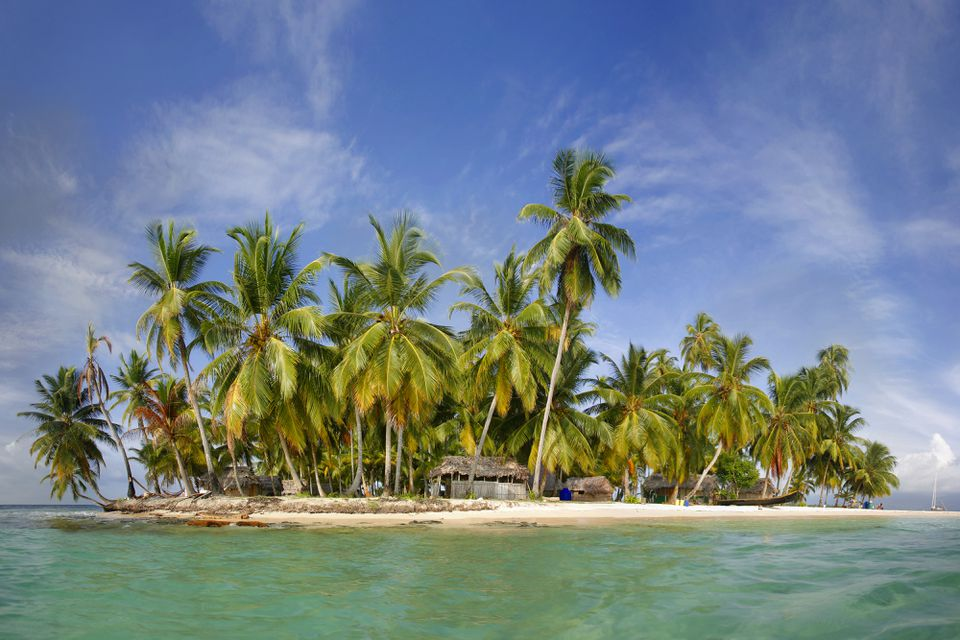 Tropical Paradise Island in the Kuna Yala San Blas Islands