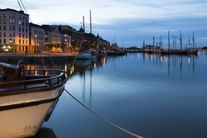 Finland, Helsinki, view to harbour at blue hour