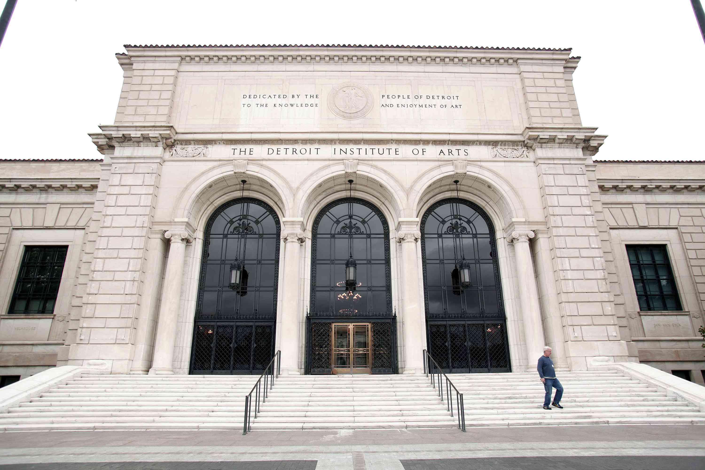 exterior of the Detroit Institute of Arts