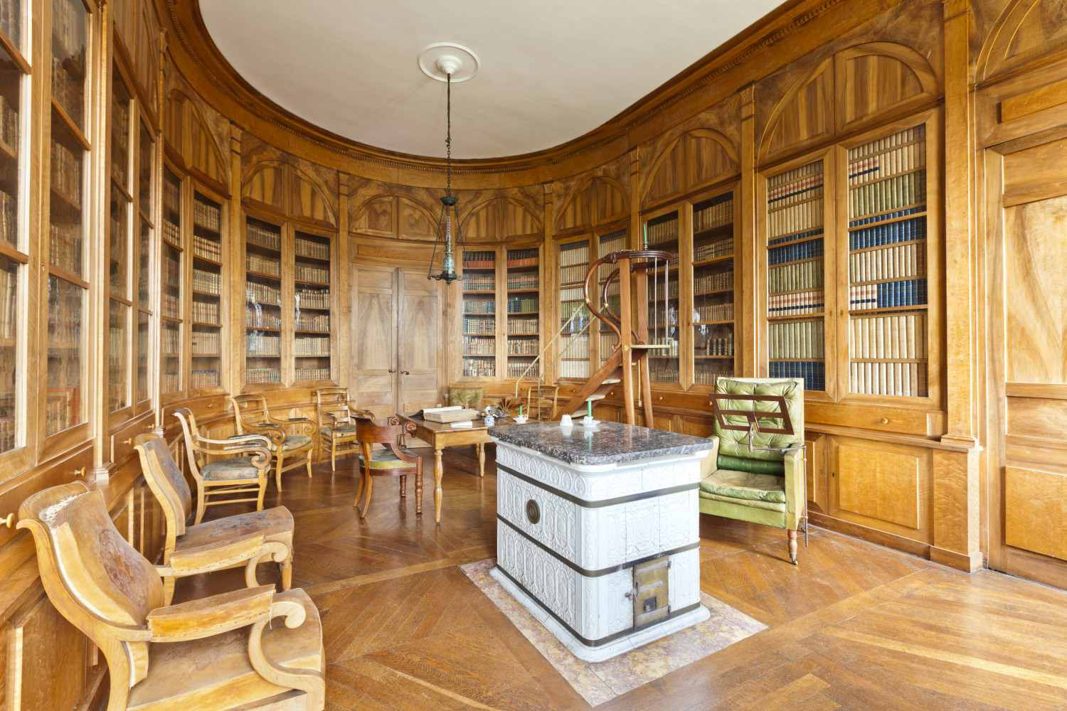 Chateau d'Arlay library